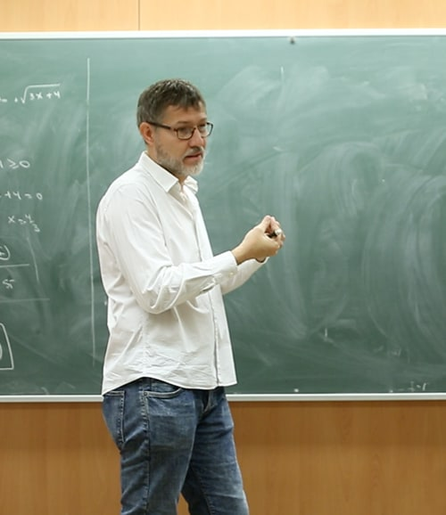 Academia Guiu cursos selectividad Barcelona